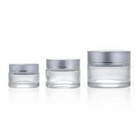 China Clear 20ml 50ml Glass Cosmetic Cream Jar With Silver Cap wholesale