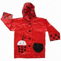China Children's Raincoat, Comes in S/M/L Sizes and Mixed Colors, with 0.1 to 0.2mm Thickness and One Bag wholesale