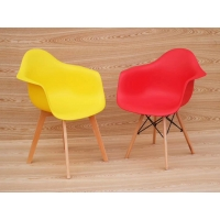 China Boutique Wooden Leg Dining Chair wholesale