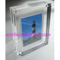 China Transparent Perspex / PMMA / Acrylic Photo Frame With Magnet 5X7 wholesale