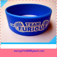 Cheap debossed LOGO Fashion Silicone Bracelet for sale