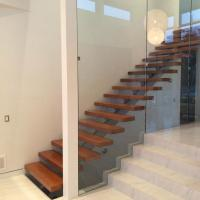 China Australia Design Mono Stringer Staircase Beautiful Straight Custom Size Staircase with Colorable Tread wholesale