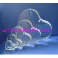 China Custom Handmade Heart Shape Clear Acrylic Photo Frame Wedding Photo Holder wholesale