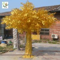 China UVG GRE043 indoor and outside use thick golden banyan tree artificial trees for sale wholesale