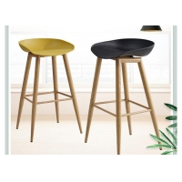 China OEM ODM Wood And Leather Bar Stools , High Chair For Bar Counter wholesale