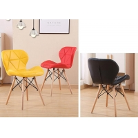 China Scratch resistant Eames Dining Chair , Coloured Plastic Dining Room Chairs wholesale
