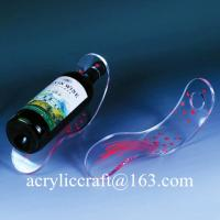 China Customizable 5MM Clear Tabletop Acrylic Single Slant Wine Bottle Display Stand wholesale