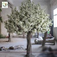 China UVG High simulation fiberglass artificial wedding cherry blossom tree for stage decoration wholesale