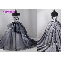 China Tulle Black And White Bridesmaid Dresses , Strapless Two Color Bridesmaid Dresses wholesale