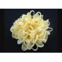 China Bright Yellow  Up To 70% Discount Chrysanthemum Pattern Fabric Flower Brooch Pin wholesale