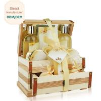 China Hydrating Relaxing Bath Gift Sets With Mirror / Smoothing Girls Bath Gift Set wholesale