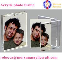 China Transparent desktop acrylic magnetic picture holder 5X7 for gift wholesale