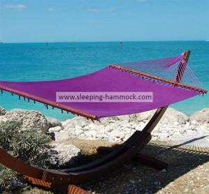 China Purple Micro Weave Caribbean Style Hammock With Marine Varnished Luxury Lauan Hardwood Bar wholesale