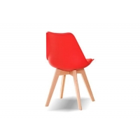 China Matte Plastic Dining Chairs With Wooden Legs Scratch Resistant wholesale