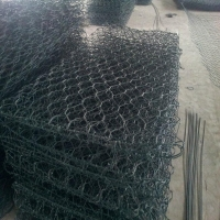 China 80 X 100 Poultry Small Animal Garden Fence Gabion Wire Mesh wholesale