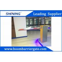 Quality 220 V Green Entrance Parking Boom Barrier Gate With Aluminum Alloy Folding Arm wholesale