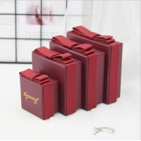 China Recycled Paper Jewelry Packaging Box With Ribbon Inner Support wholesale