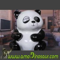 China Animal figurine Panda handcrafted from fiberglass for gifts wholesale