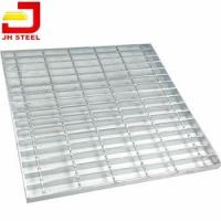 China Painting Powder Coated Serrated Galv Gi Hdg Hot Dip Galvanized Welded Metal Steel Bar on sale